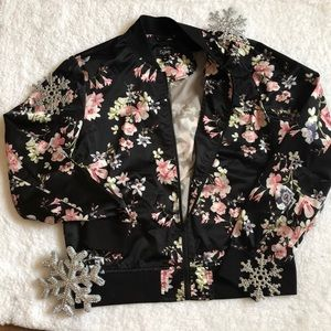 Jackets & Blazers - {a.n.a} bomber jacket with floral pattern ❄️